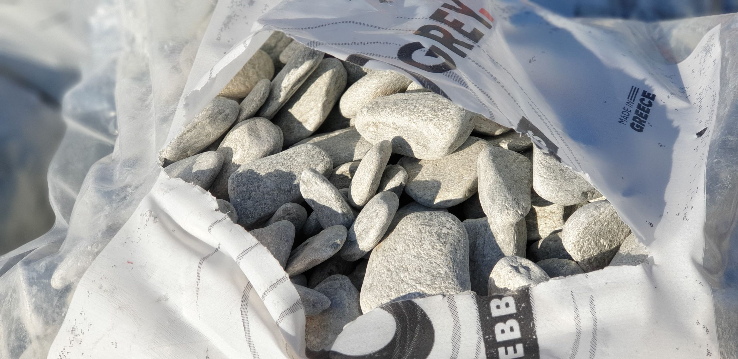 Piatra rotunjita Silver Grey - sac 20 kg